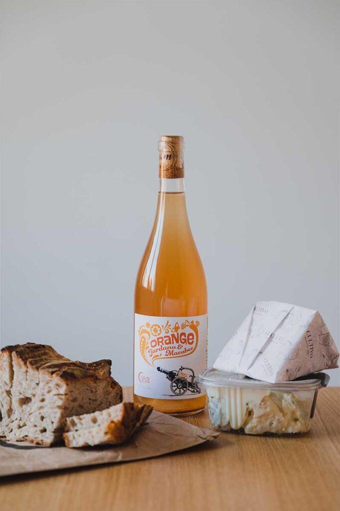 pan vino y queso en la latina